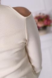 Блузка с вырезами на плечах Ф 028 (экрю)